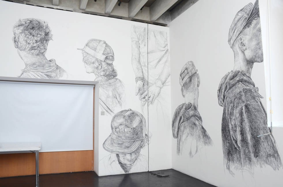 https://www.barbarawalker.co.uk/files/gimgs/th-5_Show and Tell (2011) charcoal wall drawings.jpg